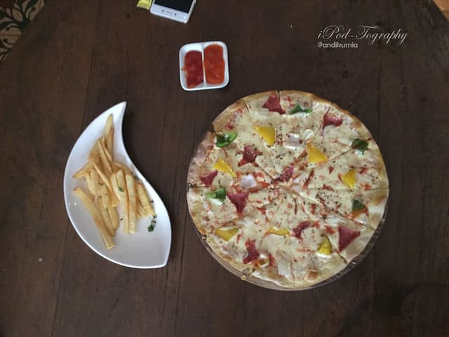 Margarita Pizza Snack, Rumah Opa Malang