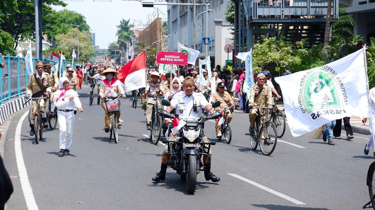 Barisan Sepeda Tua