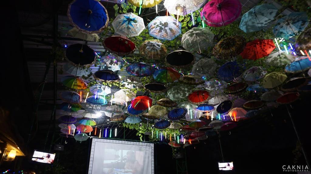 Suasana Malam di Lesehan Bukit Bunda