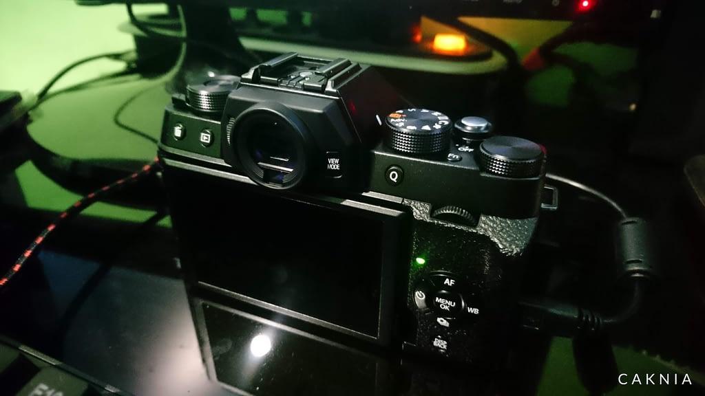 Fujifilm X-T100 Tampak Belakang
