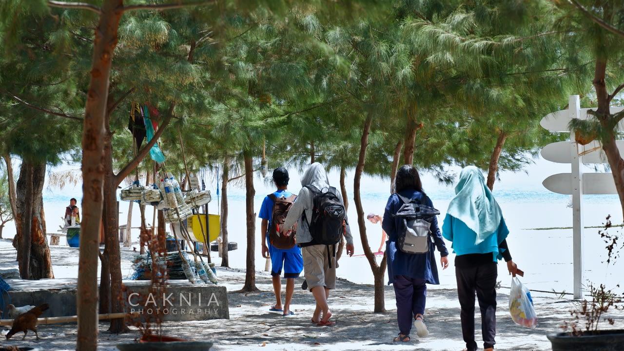 Berkeliling Pulau Gili Labak